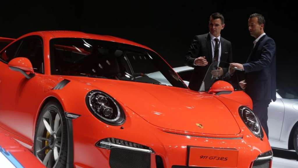 Ein Porsche 911 GT3 bei der International Automobile Industry Exhibition in Shanghai. Foto: How Hwee Young