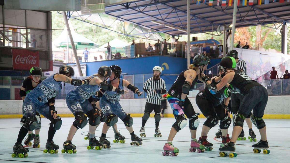 Fotos Mannheim Das Roller Derby Spiel Der Rhein Neckar