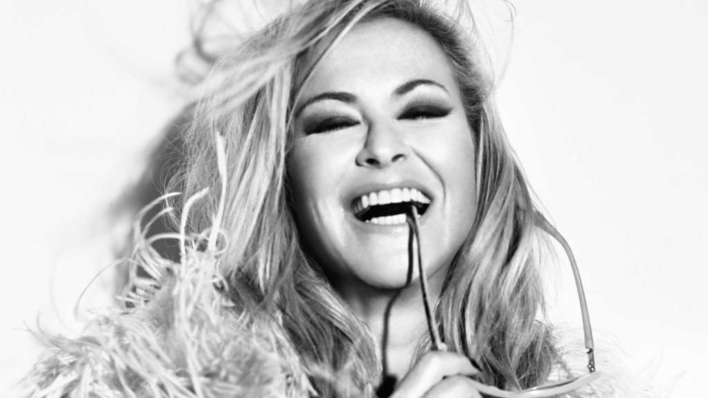Anastacia (C) BB Promotion