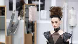 Pariser Modeschauen: Chanels Couture hat Hand und Fuß
