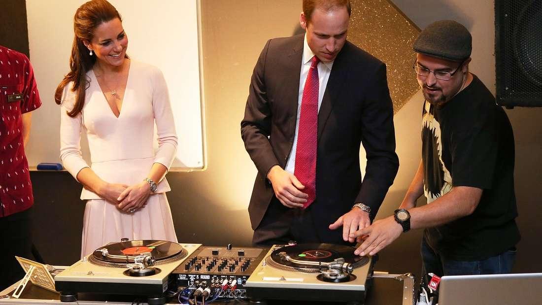 Kate und William scratchen und sprayen - Bilder