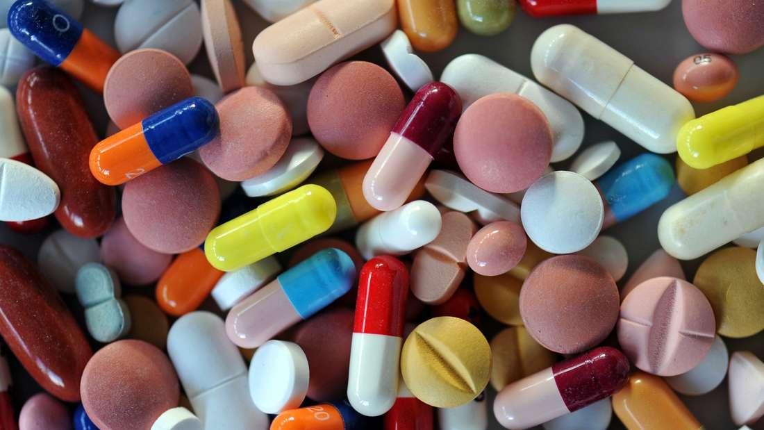 Viele Medikamente wie Blutverdünner, Cholesterinsenker oder Mittel gegen Bluthochdruck werden zur Vorsorge geschluckt.