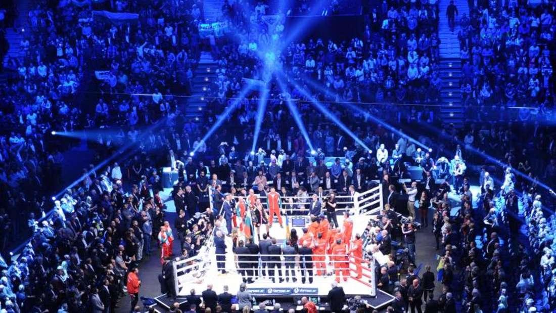 Der WM-Kampf fand in der O2 World in Hamburg statt. Foto: Daniel Bockwoldt