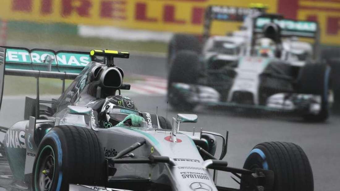 Wer hat am Ende die Nase vorn: Nico Rosberg oder Lewis Hamilton? Foto: Diego Azubel