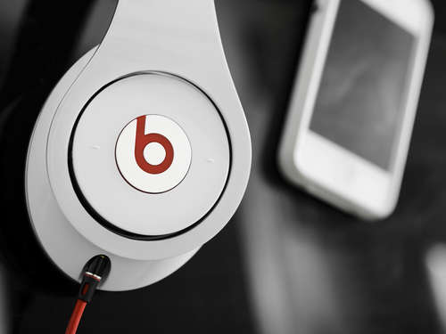 Apple will Musikdienst Beats vorinstallieren