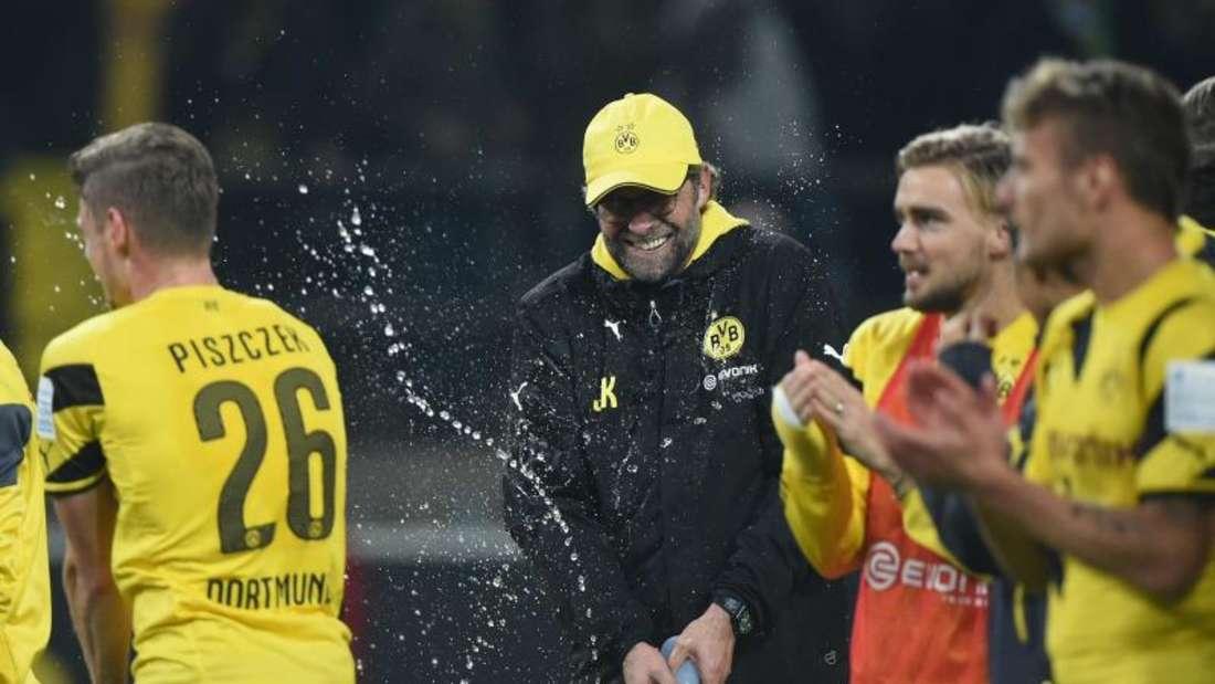 Borussia Dortmund konnte das Abrutschen auf einen Abstiegsrang gerade noch vermeiden und will nun aufholen. Foto: Marius Becker