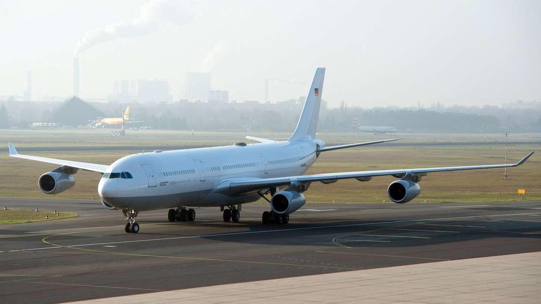 """Das Ebola Evakuierungsflugzeug """"Robert Koch"""""""