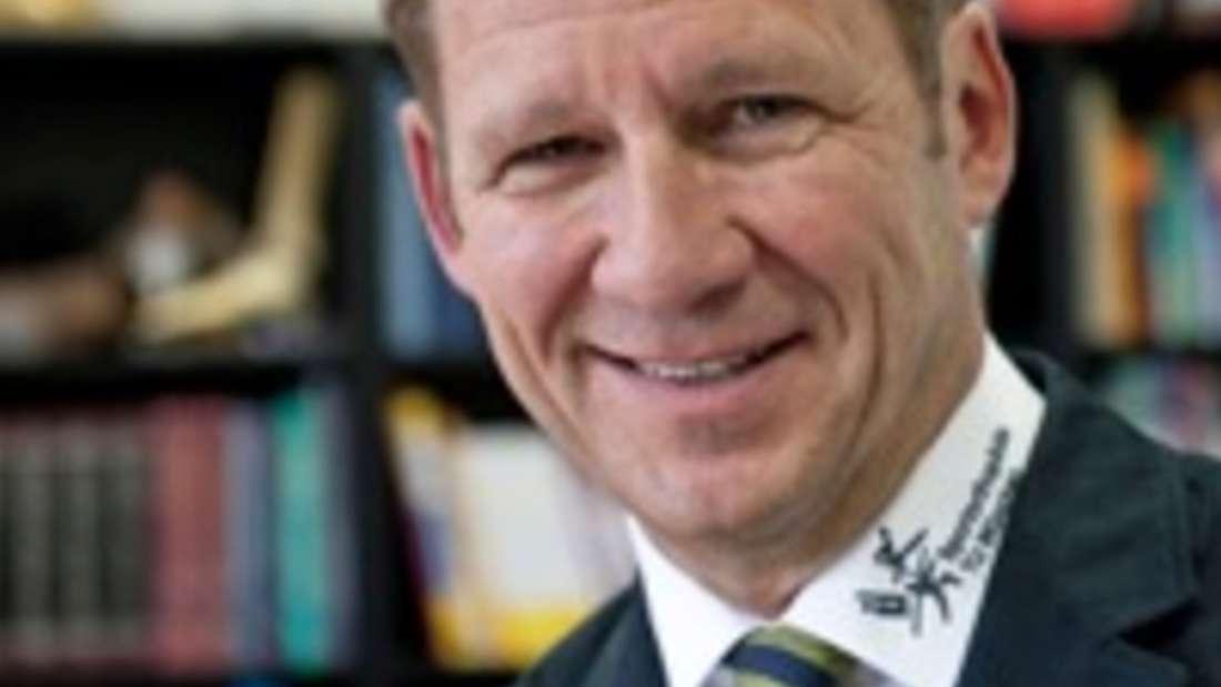 Prof. Andreas Imhoff ist Chefarzt der Abteilung für Sportorthopädie am Klinikum rechts der Isar in München.
