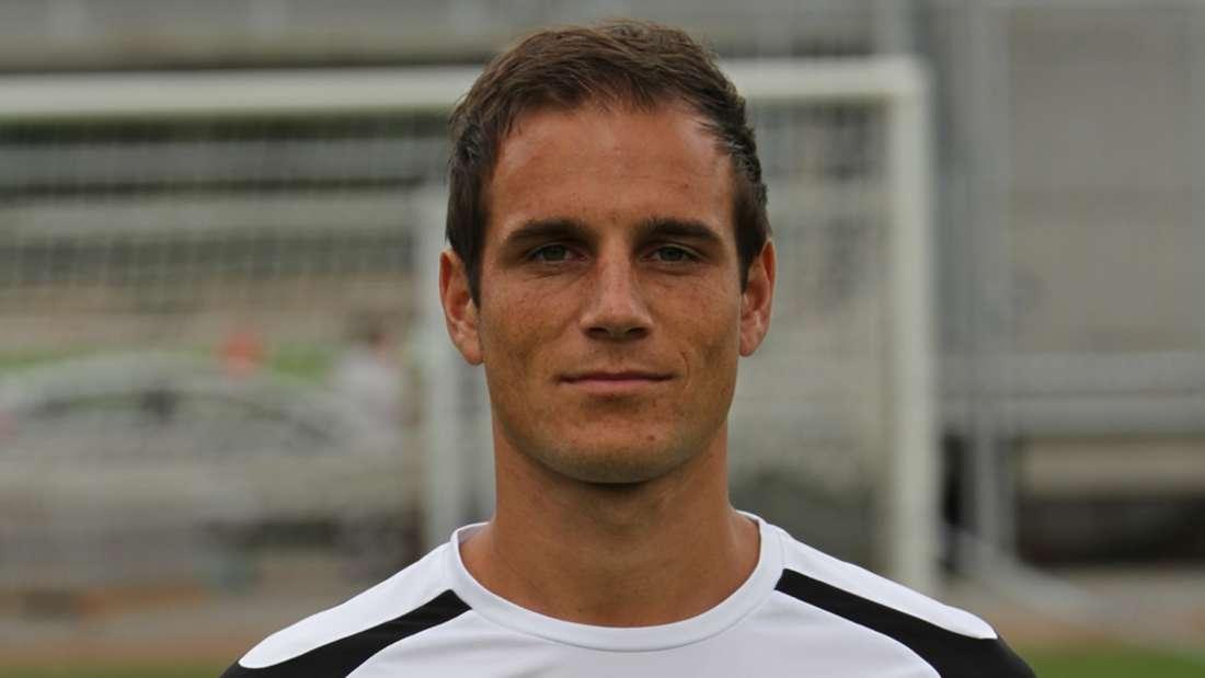Mittelfeldspieler Manuel Stiefler verlängert um zwei Jahre, SV Sandhausen