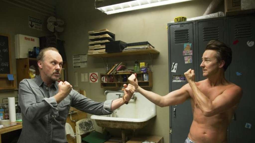 "Kurioses Duo: ""Birdman"" (Michael Keaton) und Mike (Edward Norton). Foto: 20th Century Fox"