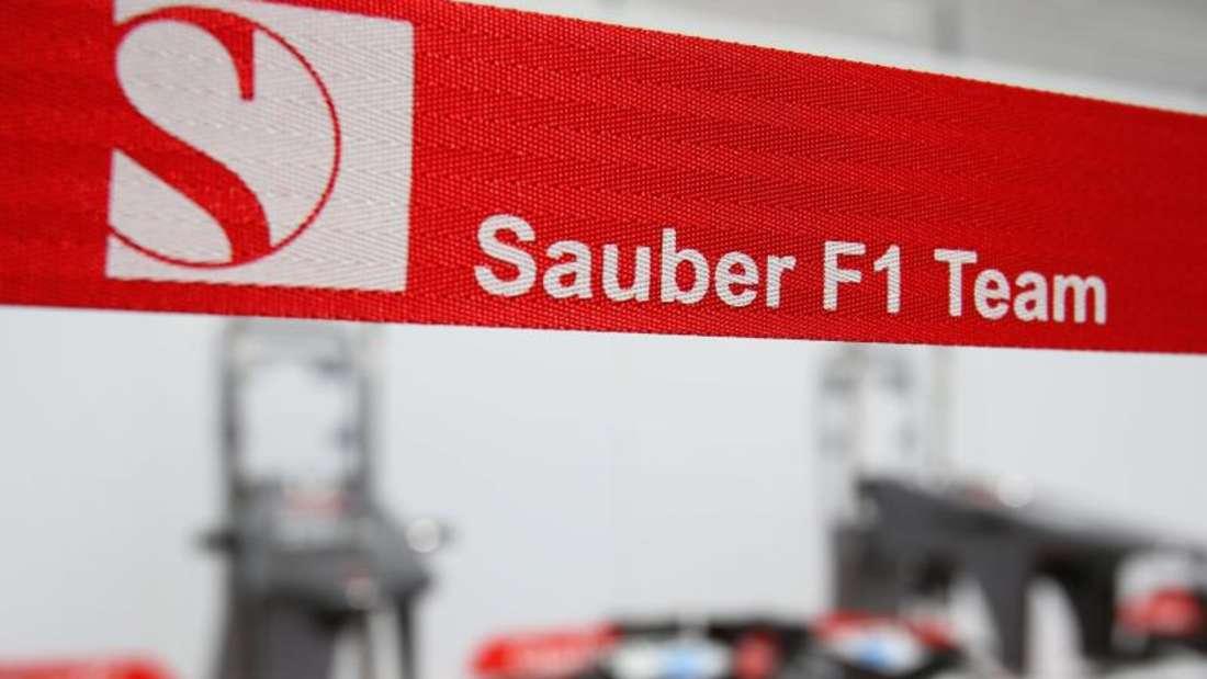 Das Formel-1-Team Sauber stellt den Rennwagen für die Saison 2015 zunächst im Internet vor. Foto:Jens Buettner