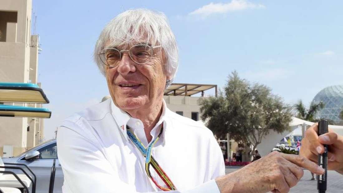 Bernie Ecclestone will die F1-Boliden wieder am Geräusch erkennen können. Foto: Srdjan Suki