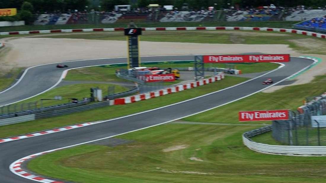Das Formel-1-Rennen auf dem Nürburgring ist akut gefährdet. Foto: Peter Steffen