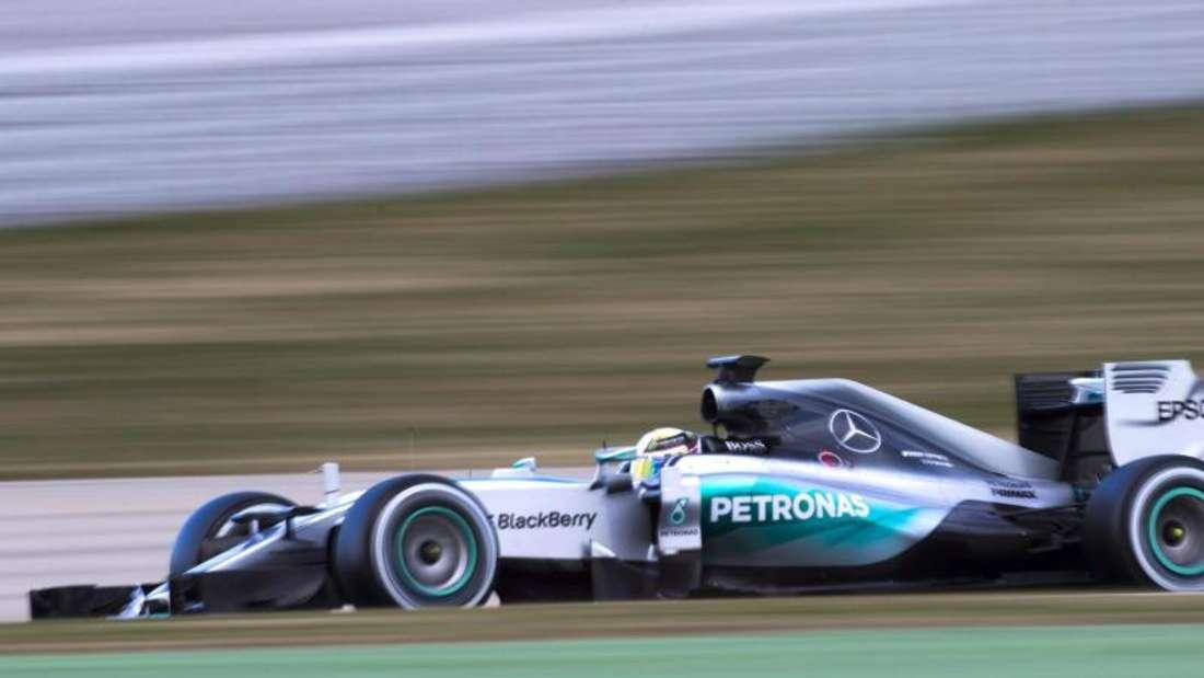 Lewis Hamilton fuhr im Mercedes die Bestzeit. Foto: Alejandro Garcia