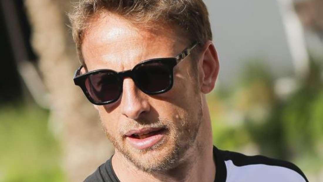 Jenson Button musste auf das Rennen in Bahrain verzichten und konnte so fleißig twittern.