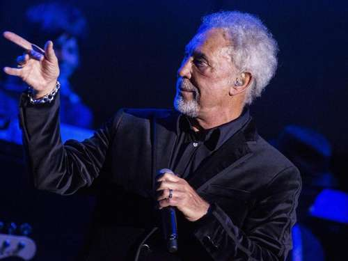 Mit 75 noch Vollblut-Entertainer: Tom Jones in Frankfurt