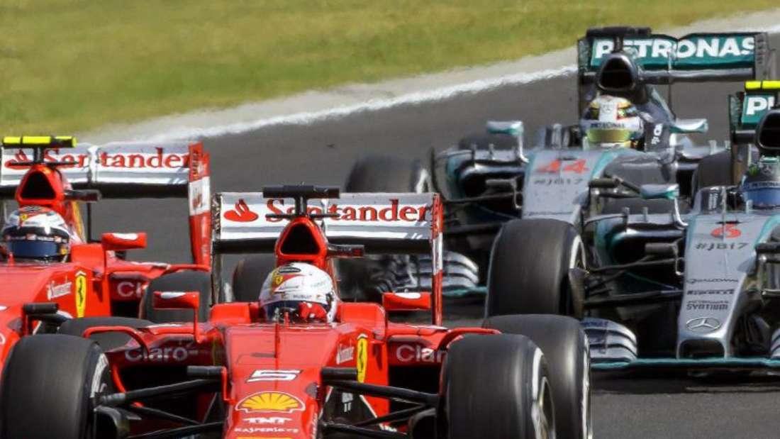 Rot vor Silber: Mercedes doch nicht unschlagbar. Foto: Zsolt Czegledi