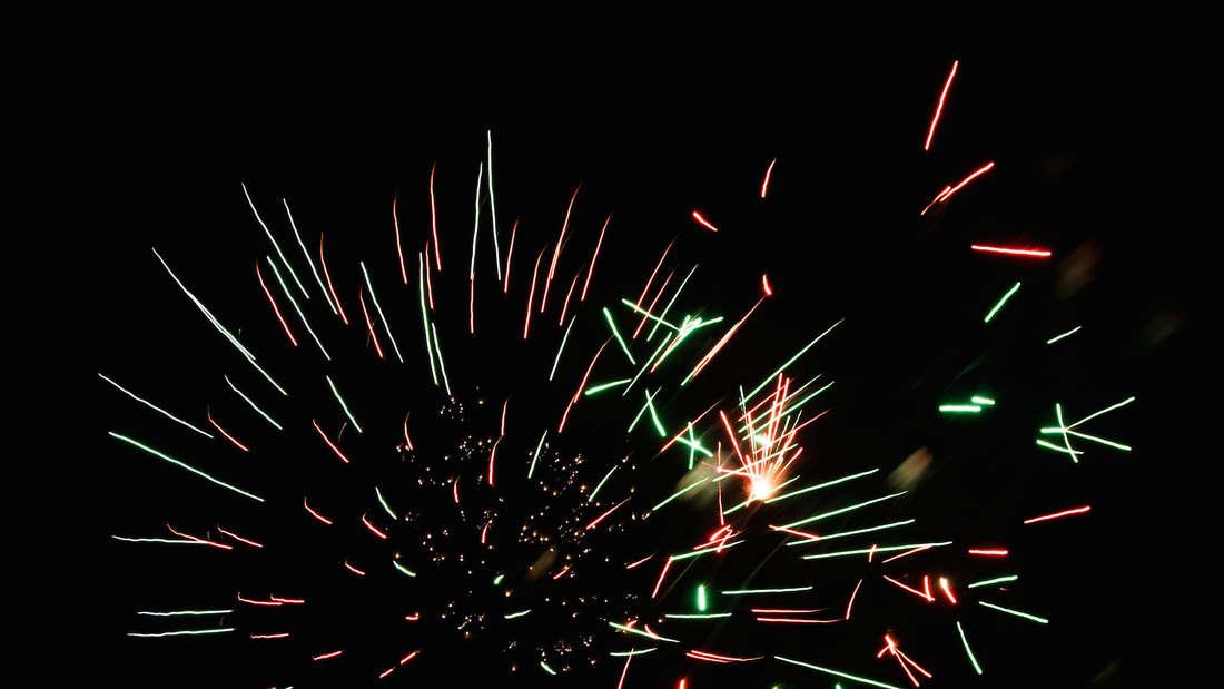 """Das Feuerwerk auf der Bockenheimer Kerwe wurde von """"Pyrotechnik im Quadrat Mannheim"""" abgeschossen."""