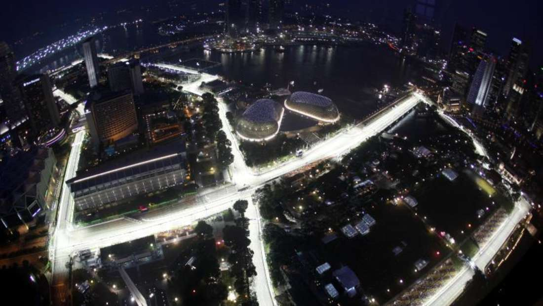 In Singapur wird abends gefahren. Foto: How Hwee Young