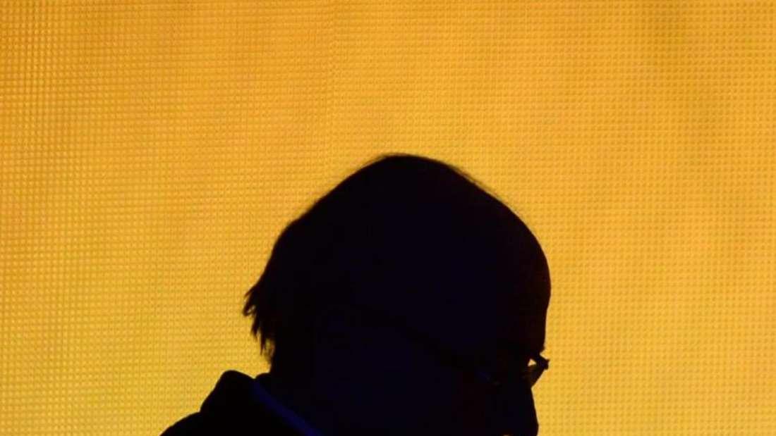 FIFA-Präsident Joseph Blatter bleibt dabei: Er habe nichts Illegales getan. Foto: Patrick Seeger