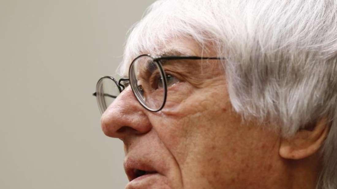 Bernie Ecclestone drängt auf Änderungen in der Formel 1. Foto: Reuters/Michaela Rehle