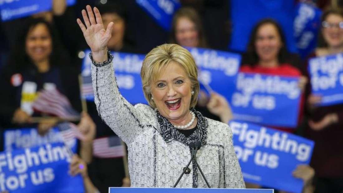 Hillary Clinton feiert ihren Sieg in South Carolina. Foto: Erik S. Lesser