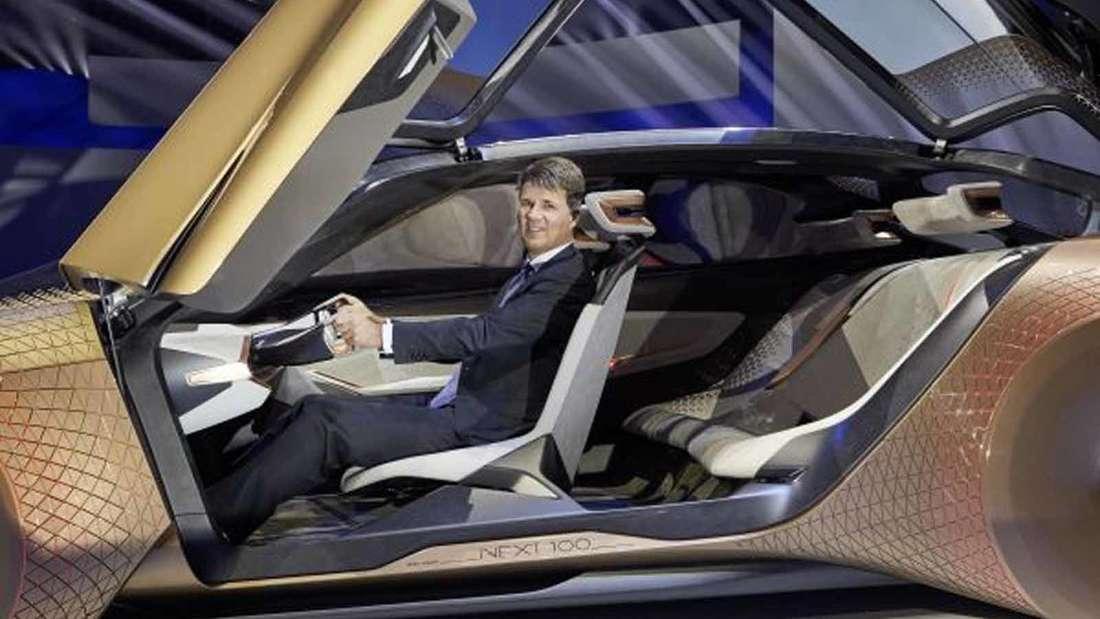 Drei Eigenschaften zeichnen die BMW Group besonders aus: Ihre Lern- und Wandlungsbereitschaft, ihre technologische Innovationskraft und die Verantwortung des Unternehmens gegenüber der Gesellschaft.