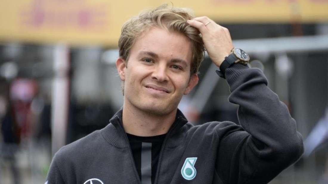 Mercedes-Pilot Nico Rosberg will endlich aus dem Schatten seines Stallrivalen. Foto: Franck Robichon