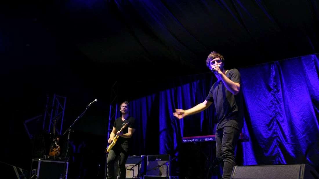 Max Giesinger auf dem Zeltfestival auf dem Maimarktgelände