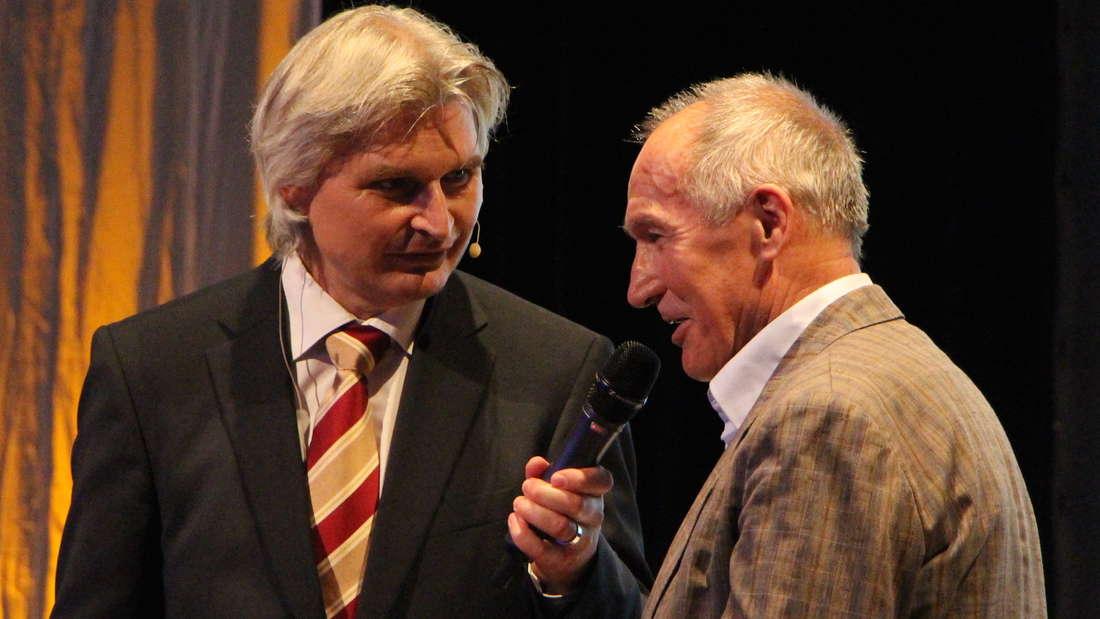 Der SV Sandhausen feiert seinen 100. Geburtstag in der Festhalle Sandhausen.