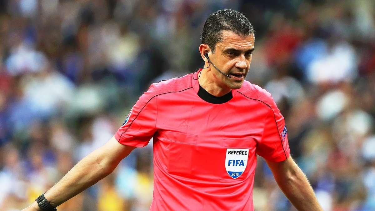 Schiedsrichter Viktor Kassai