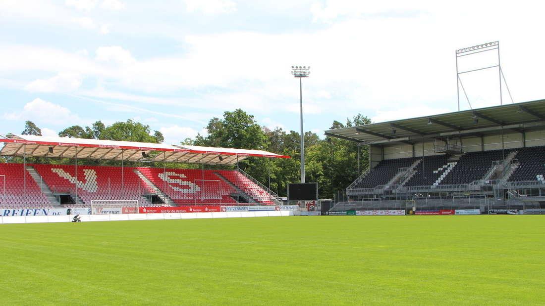 Schon zum Liga-Auftakt erwartet das Hardtwaldstadion heiße Spiele.