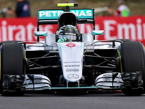 Hamilton-Crash hilft Rosberg: Trainingsbestzeit in Ungarn