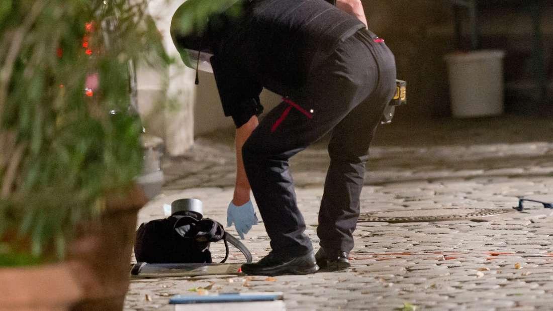 Selbstmordanschlag im fränkischen Ansbach: Am Sonntagabend sprengte sich auf einem Festival ein syrischer Flüchtling in die Luft. Es gab mindestens 12 Verletzte.