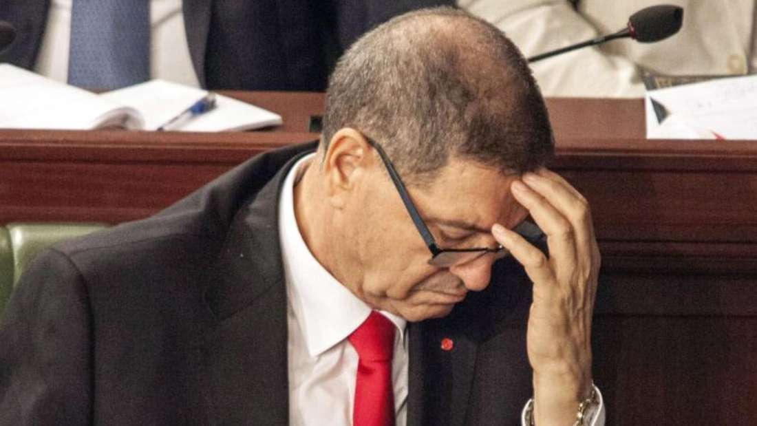 Der tunesische Regierungschef Habib Essid hatte die Vertrauensfrage gestellt. Nur drei Abgeordnete stimmten für ihn. Foto: dpa