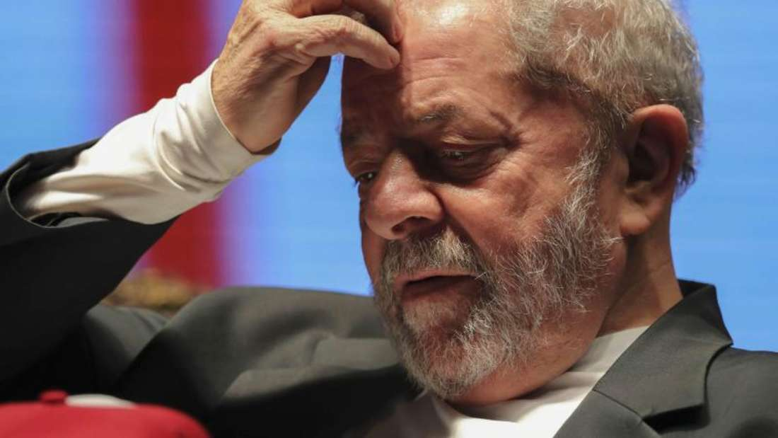 Der frühere Präsident Brasiliens Luiz Inácio Lula da Silva wird wegen der möglichen Behinderung von Korruptinsermittlungen angeklagt.