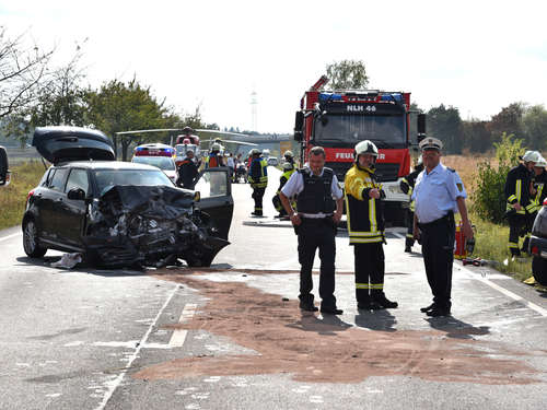Frontal-Crash auf B36