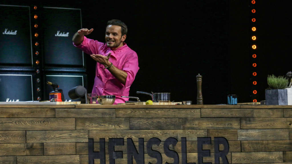 """Mannheim: Live-Show """"Henssler tischt auf…!"""": Steffen Henssler im ...   {Kochshow henssler 39}"""