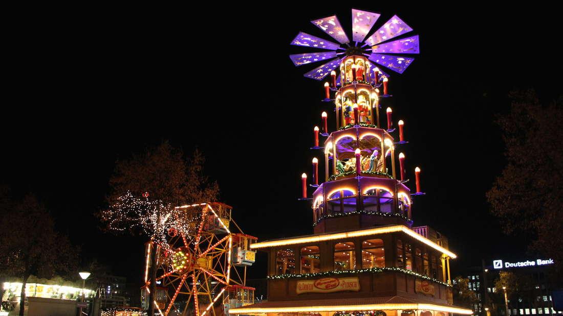 Der Mannheimer Weihnachtsmarkt rund um den Wasserturm ist eröffnet.
