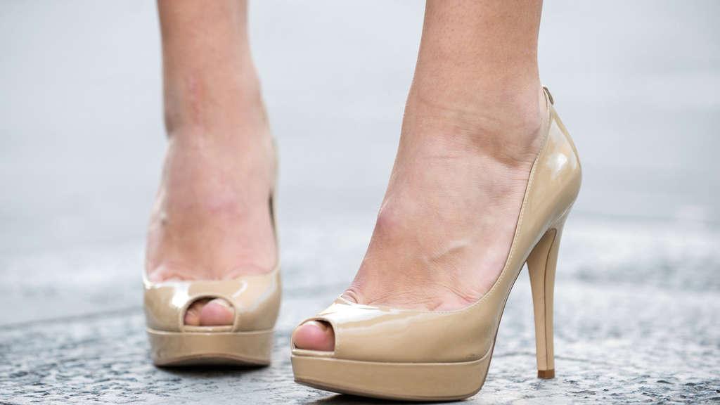 Quietschen Stinken Zu Eng So Löst Du Acht Schuhprobleme Beauty