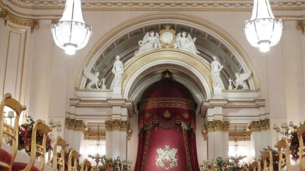 Der Festsaal des Buckingham-Palastes in London. Foto: Teresa Dapp