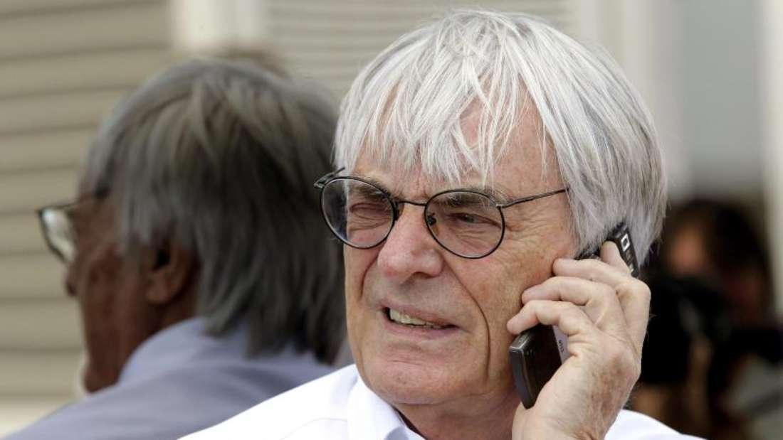 Bernie Ecclestone (l) bestimmte über 40Jahre die Geschicke der Formel 1. Foto: Valdrin Xhemaj