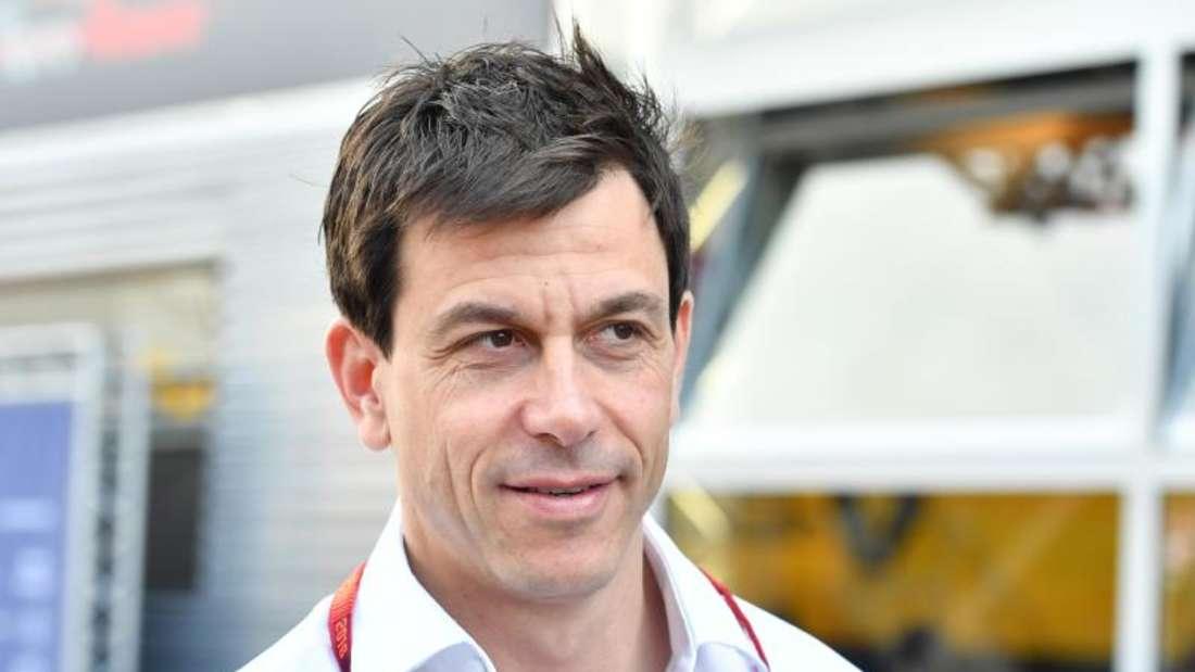Motorsportchef Toto Wolff möchte gerne seinen Vertrag bei Mercedes verlängern. Foto: Ronald Wittek