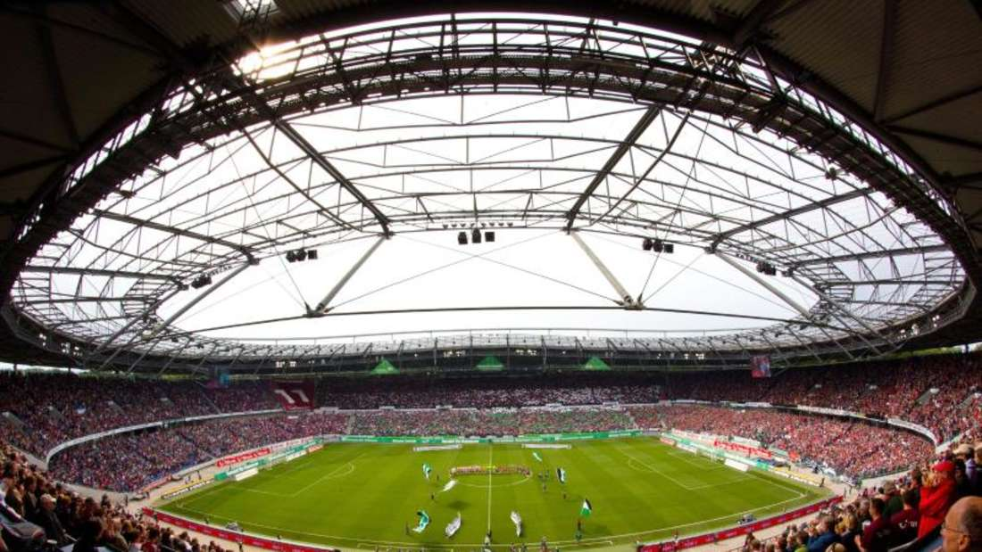 Die HDI Arena in Hannover. Die niedersächsische Landeshauptstadt ist nur eine von zahlreichen deutschen Städten, die sich für die EM 2024 ins Spiel bringen - wenn das Turnier denn an Deutschland vergeben wird. Foto: Jens Wolf
