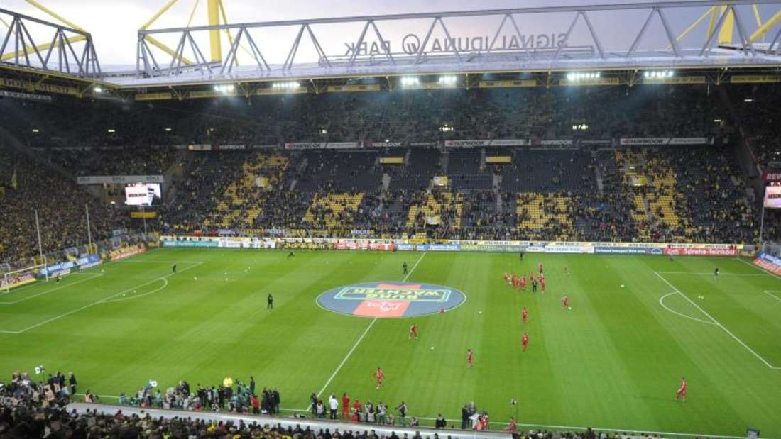Der Signal Iduna Park in Dortmund ist das größte Bundesligastadion und gilt als stimmungsvollste deutsche Arena. Foto: Federico Gambarini