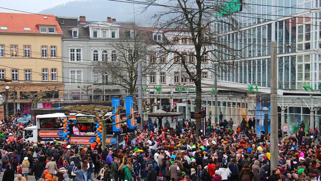 Beim Fasnachtsumzug am 28. Februar 2017 bleibt die Musik am Bismarckplatz aus.