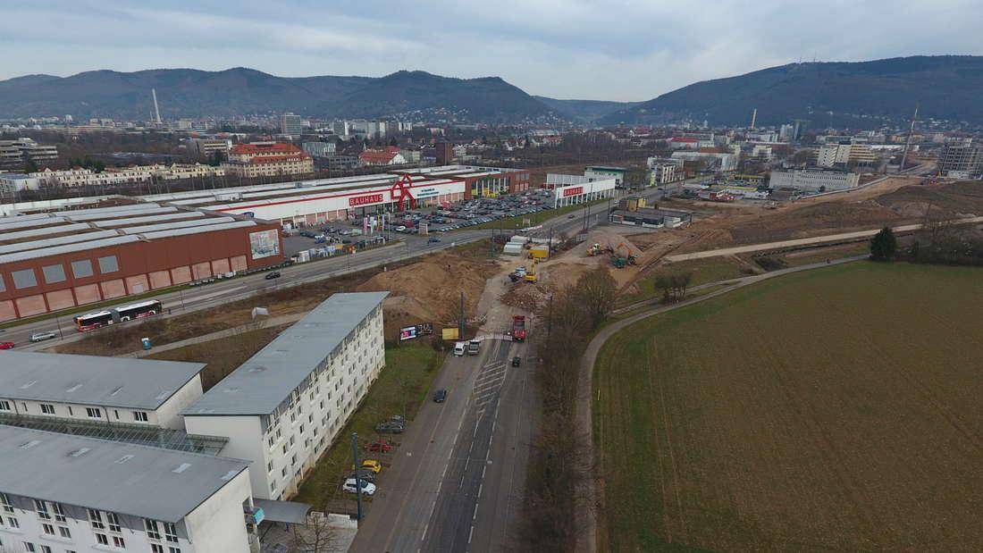 Die Großbaustelle aus der Luft! Bis zum Sommer 2018 heisst es für die Heidelberger rund um die Eppelheimer Straße: Umleitungen...