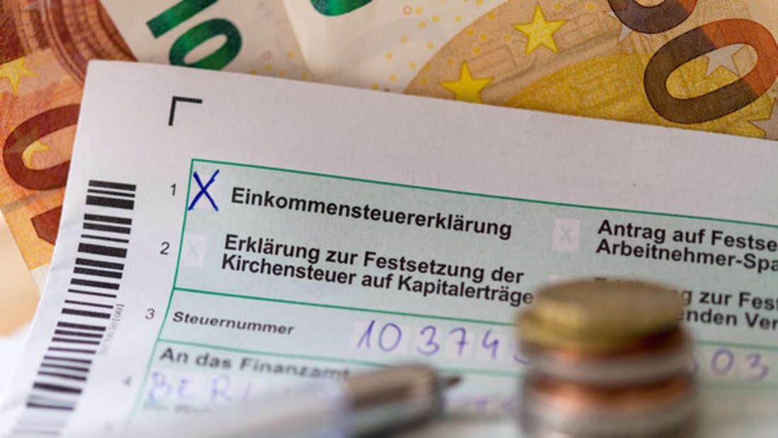 Für viele bedeutet die Abgabe der Steuererklärung Stress. Doch nun haben Sie mehr Zeit, sie abzugeben.