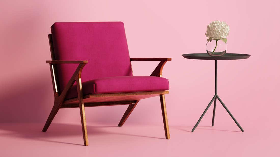 Mit einem neuen Bezug ist ein alter Sessel nicht mehr wiederzuerkennen.