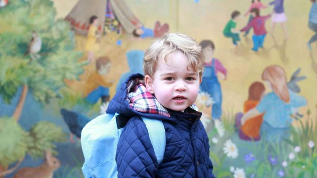 Prinz George an seinem ersten Tag im Montessori Kindergarten in Sandringham im Januar 2016. Foto: Duchess Of Cambridge/KENSINGTON PALACE VIA PA